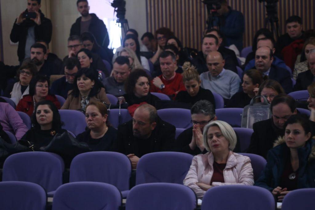 Gjate mbledhjes se Asamblese se Pedagogeve